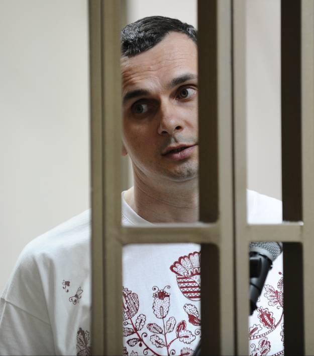 Snaran dras at kring kreml kritiker
